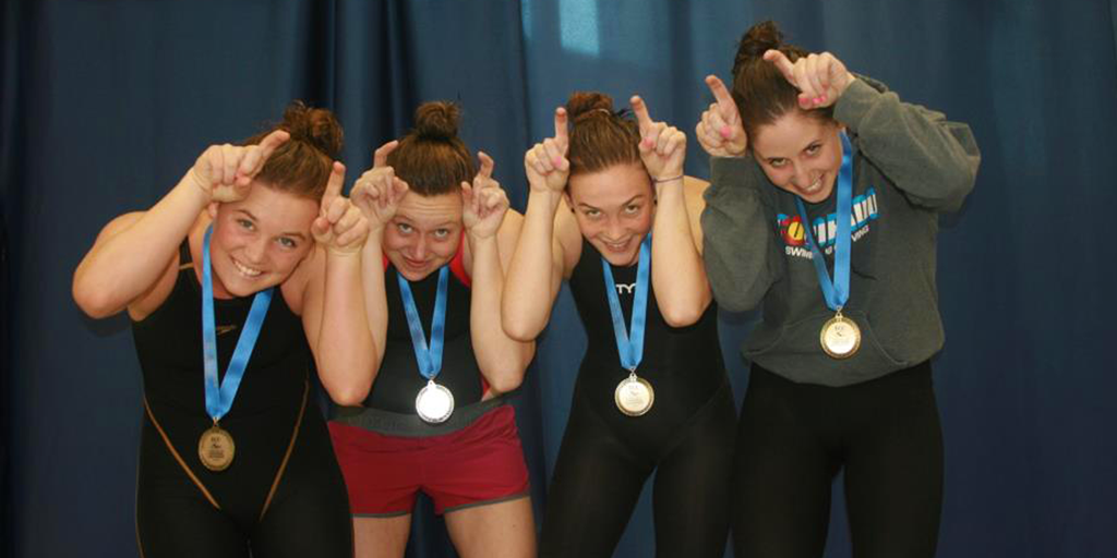 Women's relay awarded with medals